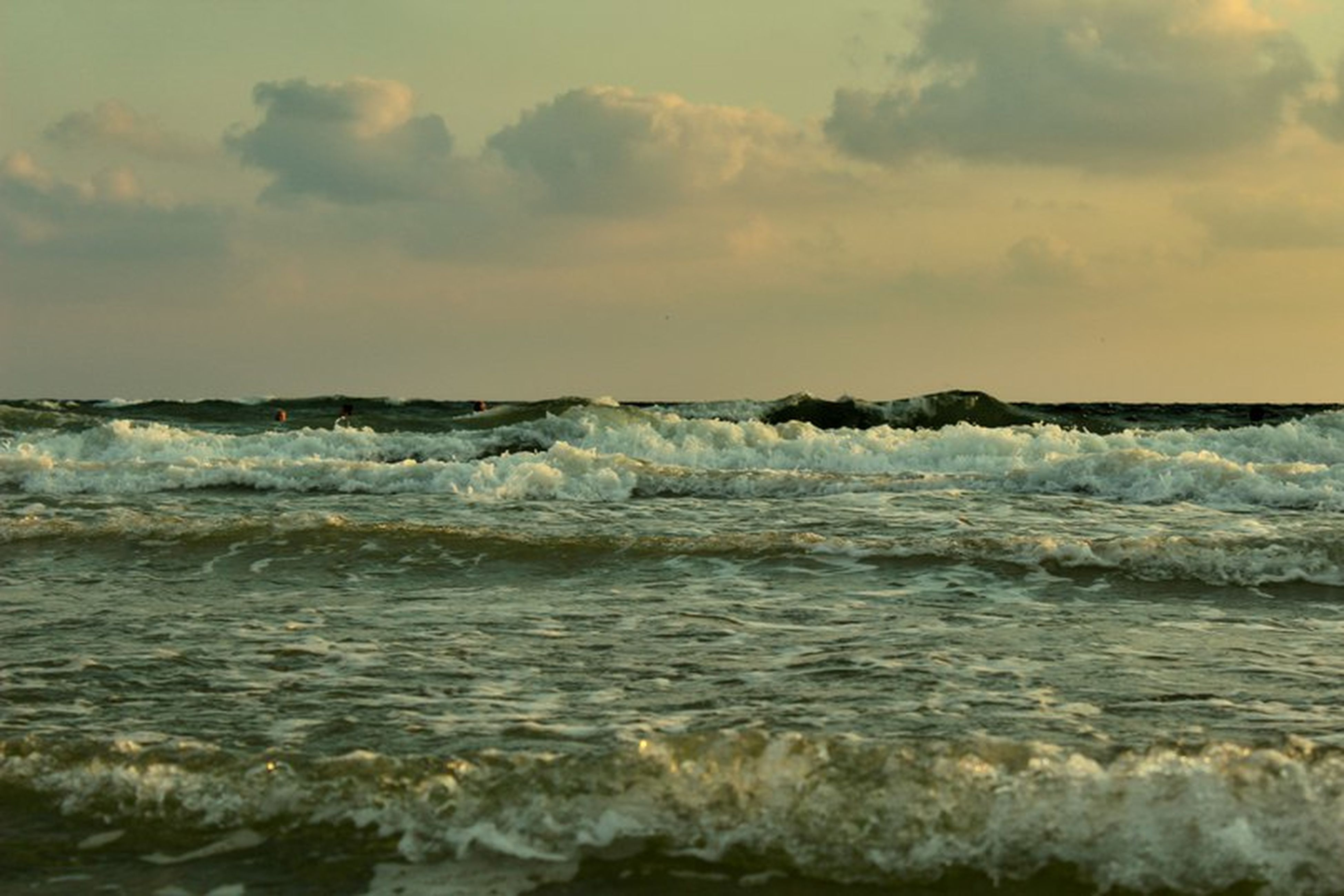 water, sea, sky, wave, scenics, horizon over water, sunset, beauty in nature, cloud - sky, nature, tranquil scene, tranquility, idyllic, motion, shore, rock - object, rippled, outdoors, cloud, cloudy, no people, seascape, remote, non-urban scene, power in nature, ocean, weather