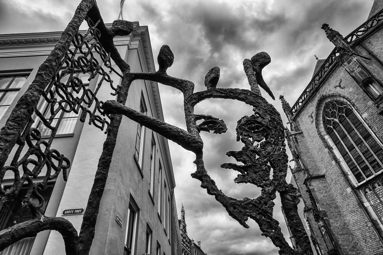 Statue and clouds @ Deventer Architecture B&w Blackandwhite Building Exterior Built Structure Bw Cloud - Sky Day Deventer, The Netherlands History Low Angle View Monochrome No People Outdoors Sculpture Sky Statue