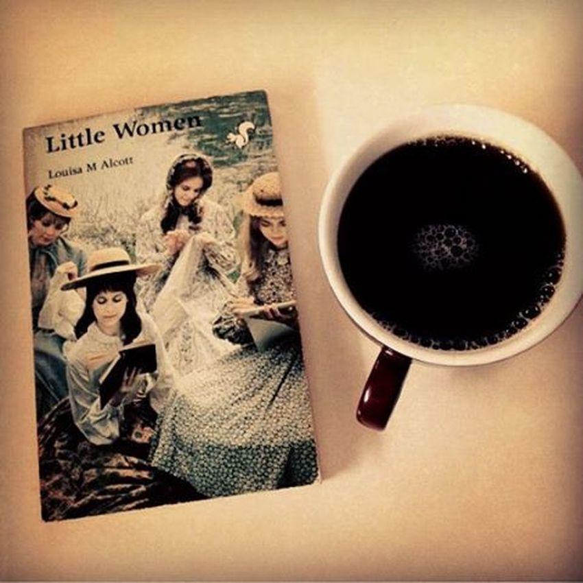 Mood of the day.🍵🌷 Todaysmood Vintage Vintagephotography Coffeemaniac βιντατζιά Thosesundaysmornings λοβμονο 🎈👻