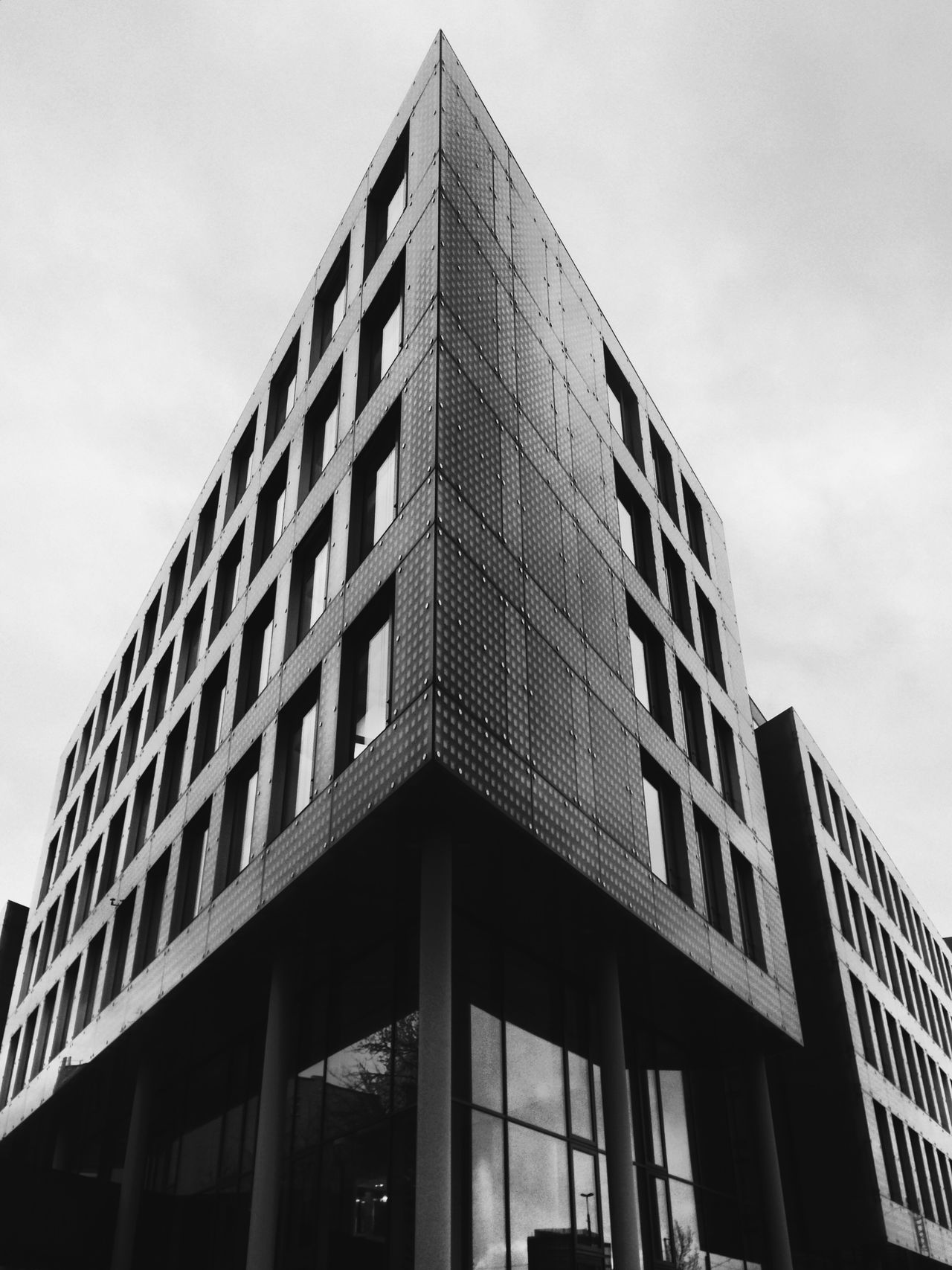 Beautiful stock photos of schwarz, architecture, low angle view, building exterior, built structure