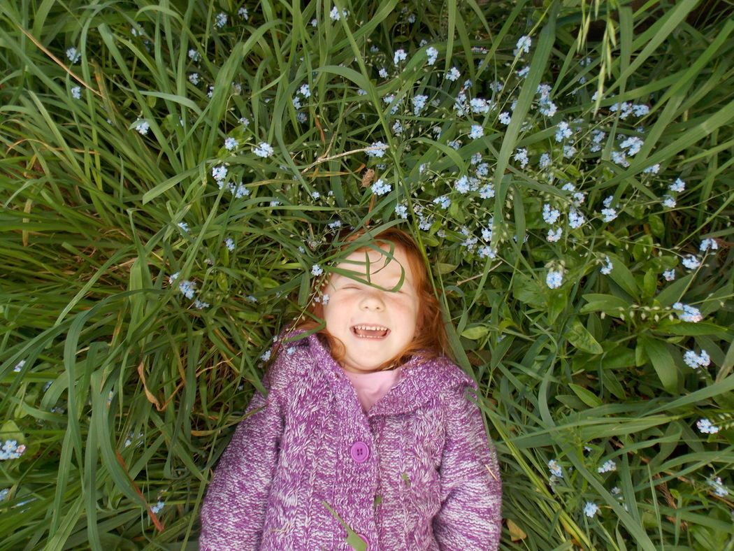 Forgetmenot Girl Glee Grass Happiness Kidsphotography Portrait Relax