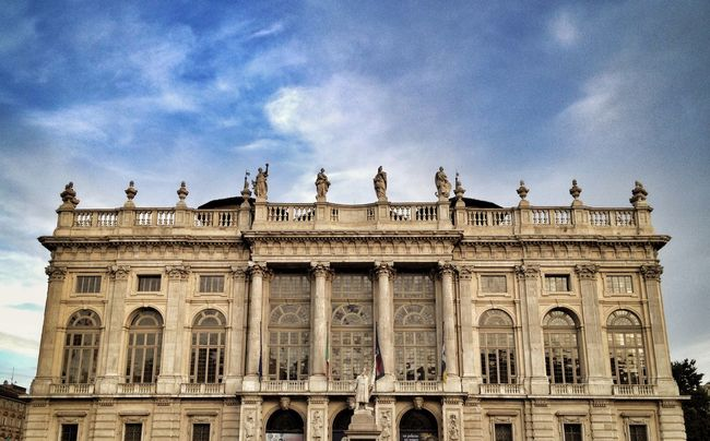 Turin Travel IPhoneography Italy Streetphotography Streetphoto_color Taking Photos Sky Traveling