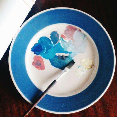 палитра краски  кисточки
