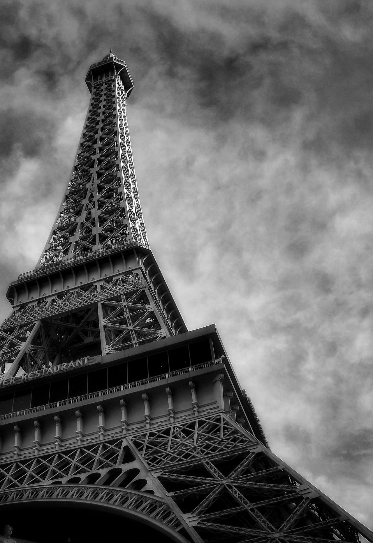 The Beautiful Eiffel Tower Las Vegas Nevada Low Angle View Cloud - Sky No People Architecture Cultures Landscape Photography Las Vegas, Nevada Beautiful View On A Cold Day Las Vegas Landscape_photography Malephotographerofthemonth Building Feature Building Photography Las Vegas Hotel Vegas  Built Structure Building Exterior Statues And Monuments Portrait Fujifilm Eiffel Tower Replica Las Vegas Eiffel Tower Las Vegas Documentary Photography