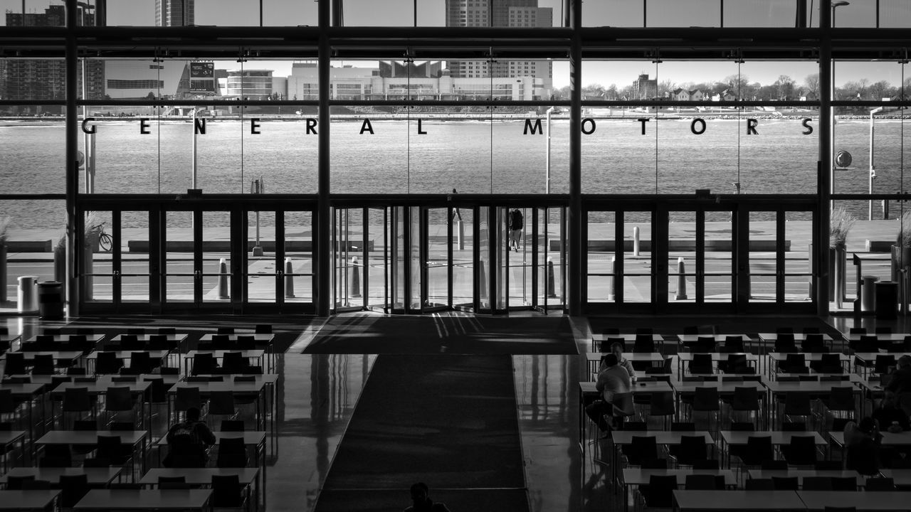 GM MOTHERSHIP | #SPBLOG Architecture Black & White Black And White Blackandwhite Canonboyz Canonm5 General Motors  Indoors  Metal Monochrome No People River View Street Photography Streetphoto_bw Streetphotography Window View