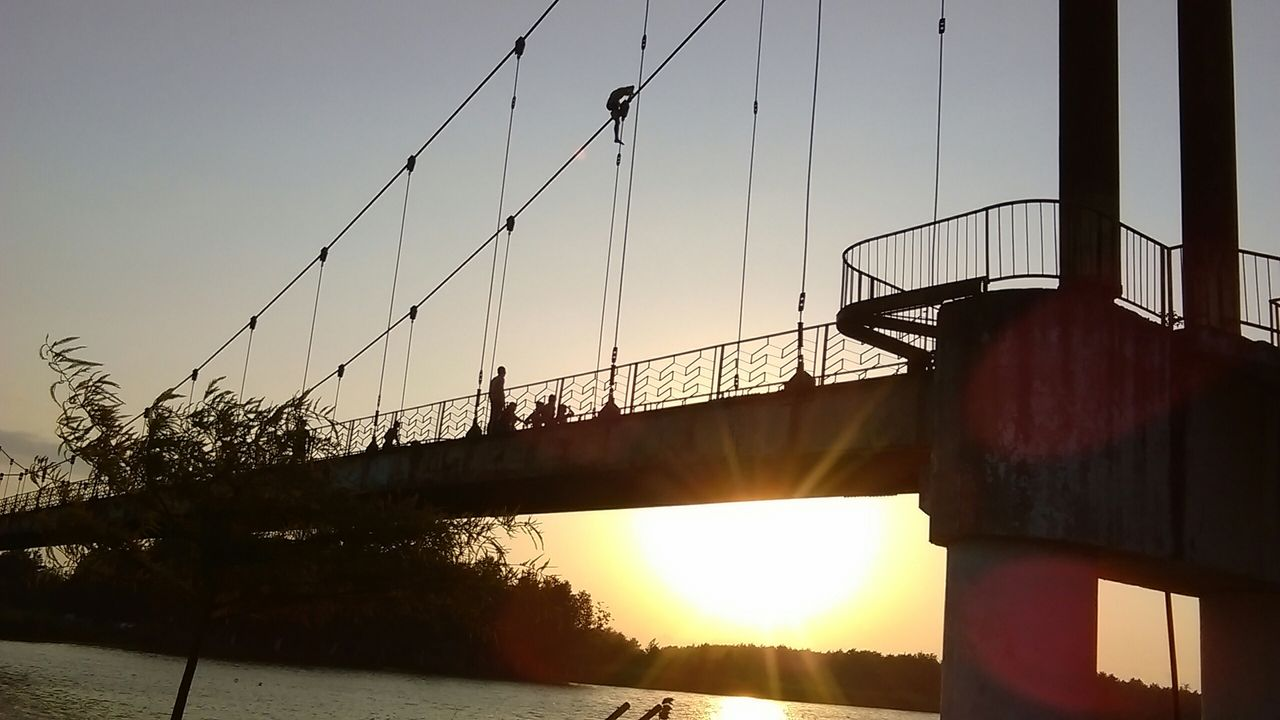Golden Lake Bridge Summer Friends Enjoying The Sun Taking Photos Golden Lake Swimming Bridge Jump Wather