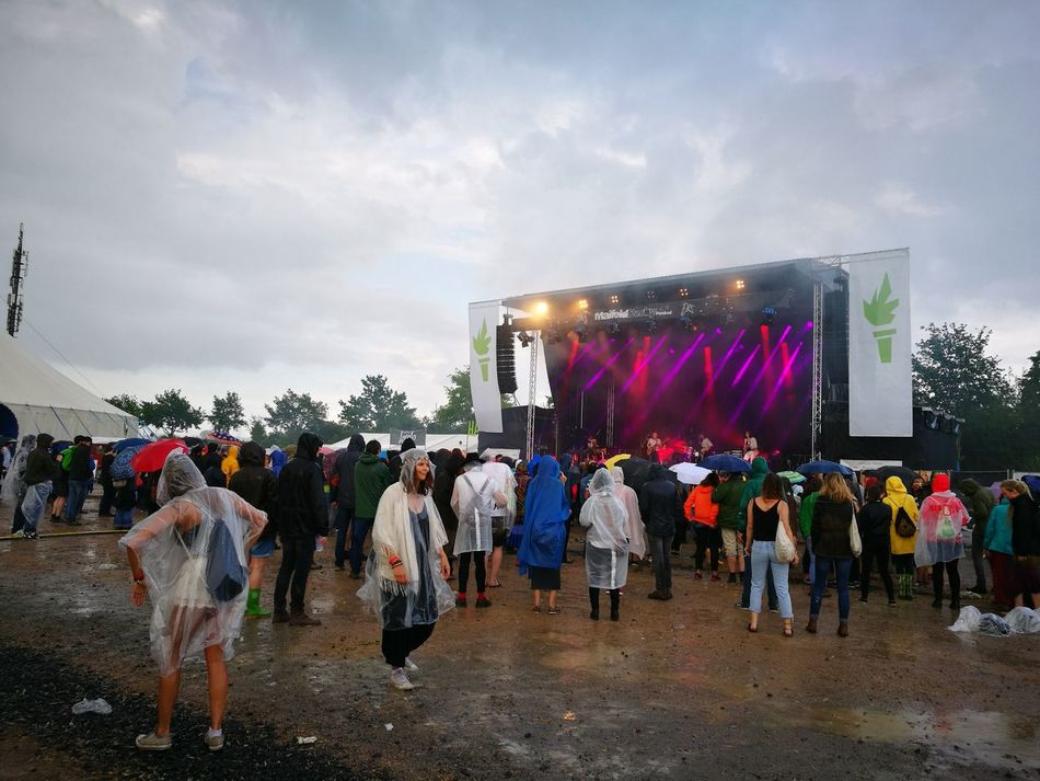 Maifeld16 Maifeldderby Mannheim Festival Concert Regen Rain Water Audience Clouds Dancing Wet Open Air Wolken Wheather People Raincoat