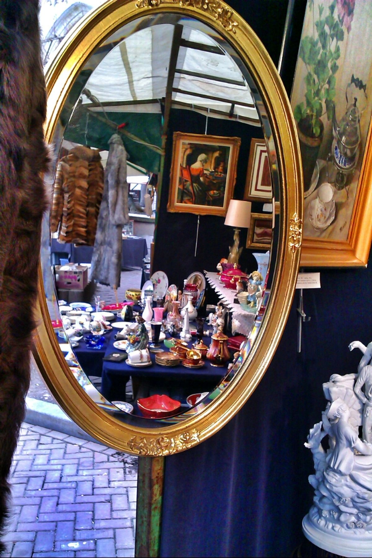 Reflections Mobile Photography Sunday Afternoon Colourful Antiques Sunday Market EyeEm_Bruxelles Brussels_Diary Exploring Brussels HTC_photography Antinque Market