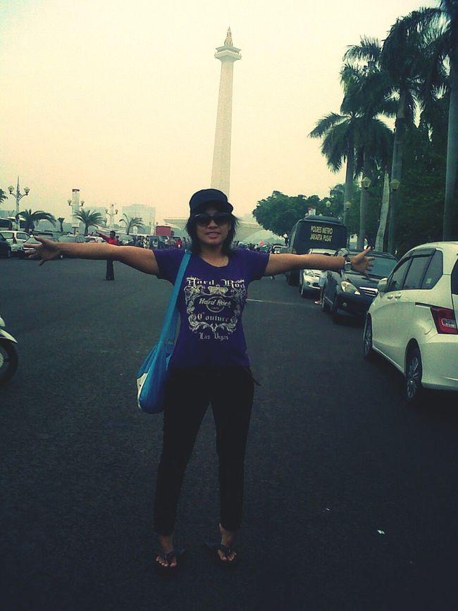 First Eyeem Photo That's Me Hanging Out Enjoying Life Jakarta Indonesia Monumentnasional Pesonaindonesia