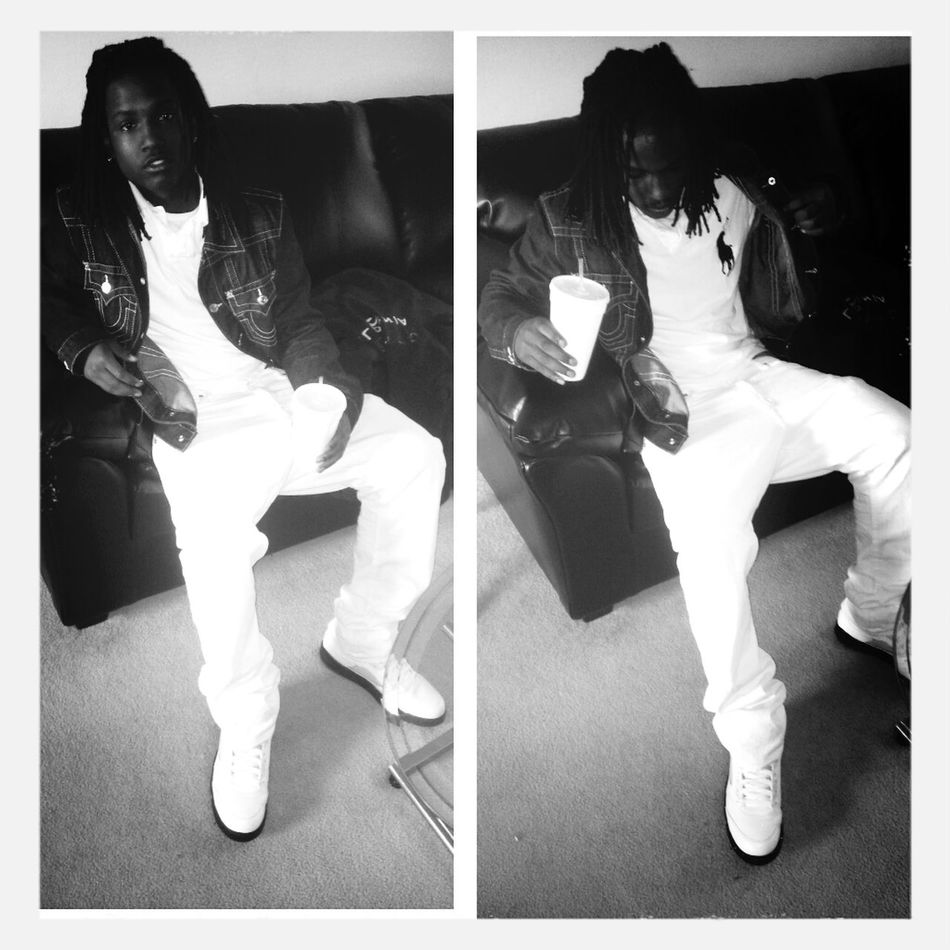 coolin before dah party all white low on an some lean in my cup like <3