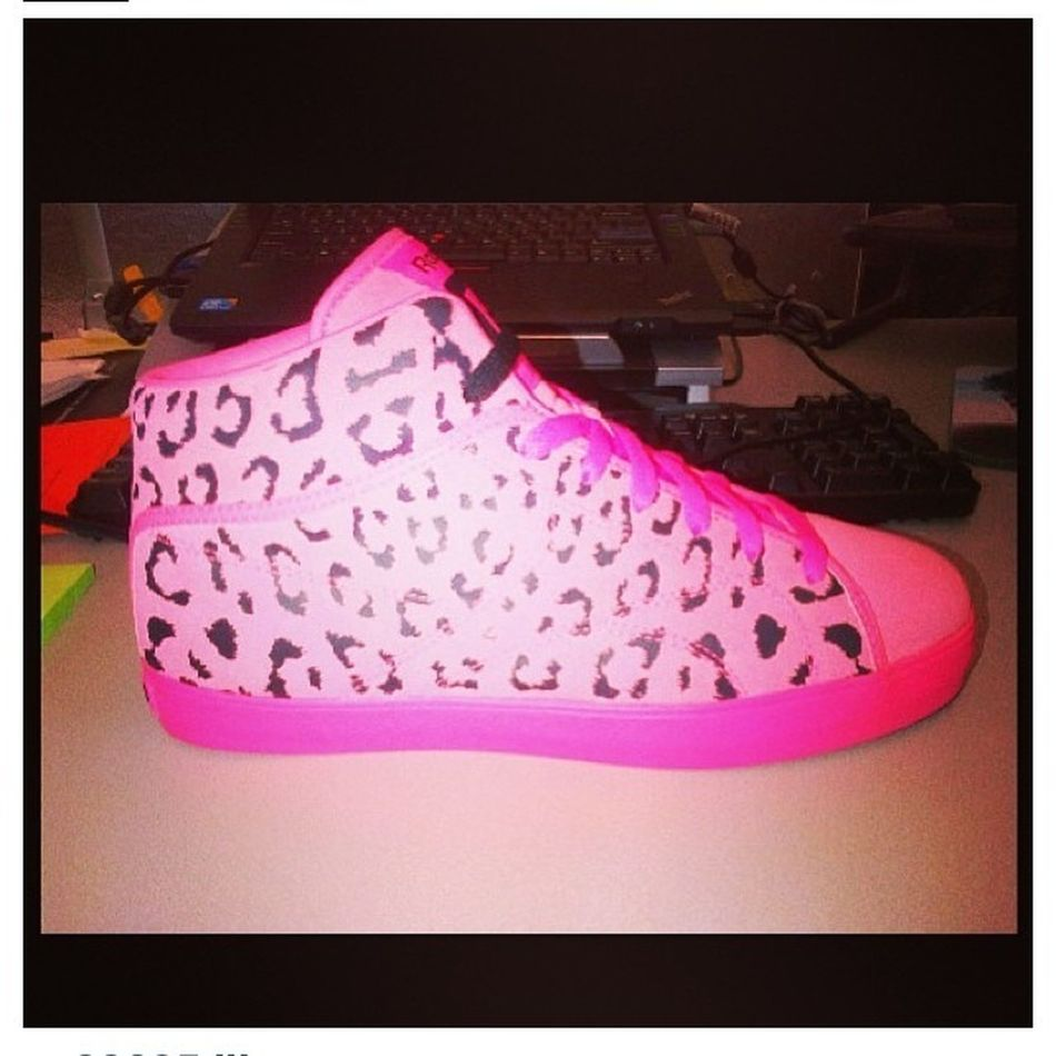 Just Got These From TYGA.! Wanna Pair , Hit Him Up