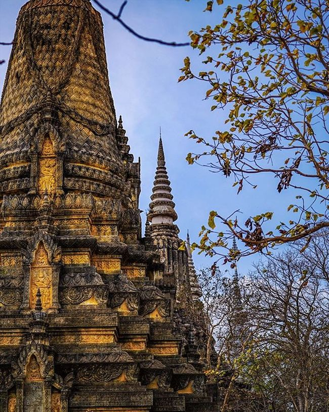 Pinnacles' in the sky. Sony a7 experience @ Wat Oudong. Sony A7s Sonyalpha Sonyimages SonyA7s Sonycamera Sonyphotography Theappwhisperer Adventurevisuals GoodRadShot Fhotoroom PicHitMe EyeEm EyeEm_O MenchFeature Photography Pixelpanda Visitorg Aop_Lab Yourworldgallery SeeOurWorldNow Runningtheworld Natgeo Natgeotravel Natgeoyourshot Cambodia PhnomPenh @fhotoroom_ @pichitme @goodradshot @street_hunters @pixel_panda_ @eyeem_o @photocrowd @photoadvices @worldphotoorg