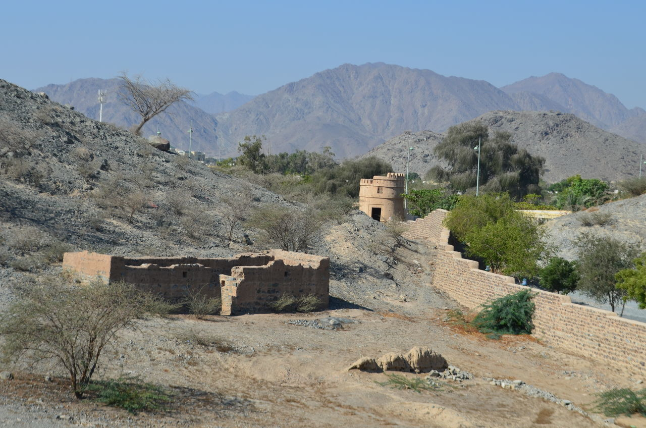 Ancient Civilization Architecture Built Structure Day Fort Fortress Fortress Wall Fujairah Historical Building History Man Made Structure Mountain Nature No People Outdoors Ruins Sky UAE United Arab Emirates
