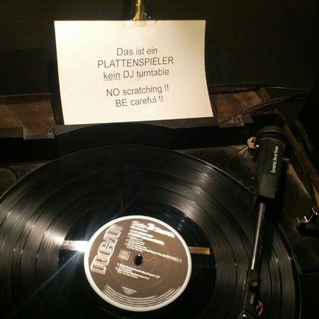 Kein DJ Turntable!