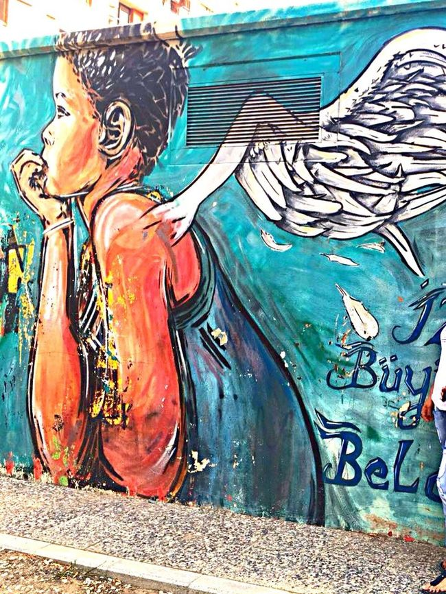 Kanatlarım var ruhumda 👼🏽 Graffiti Art Day Painted Image Izmir Sokaktahayatvar Wall Kanat My Soul  Streetphotography Street
