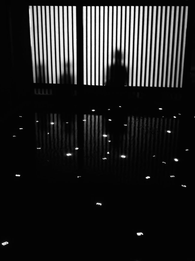 Backlight Blackandwhite City Life Dark Fireflies Illuminated In A Row Lifestyles Repetition Side By Side Ultimate Japan