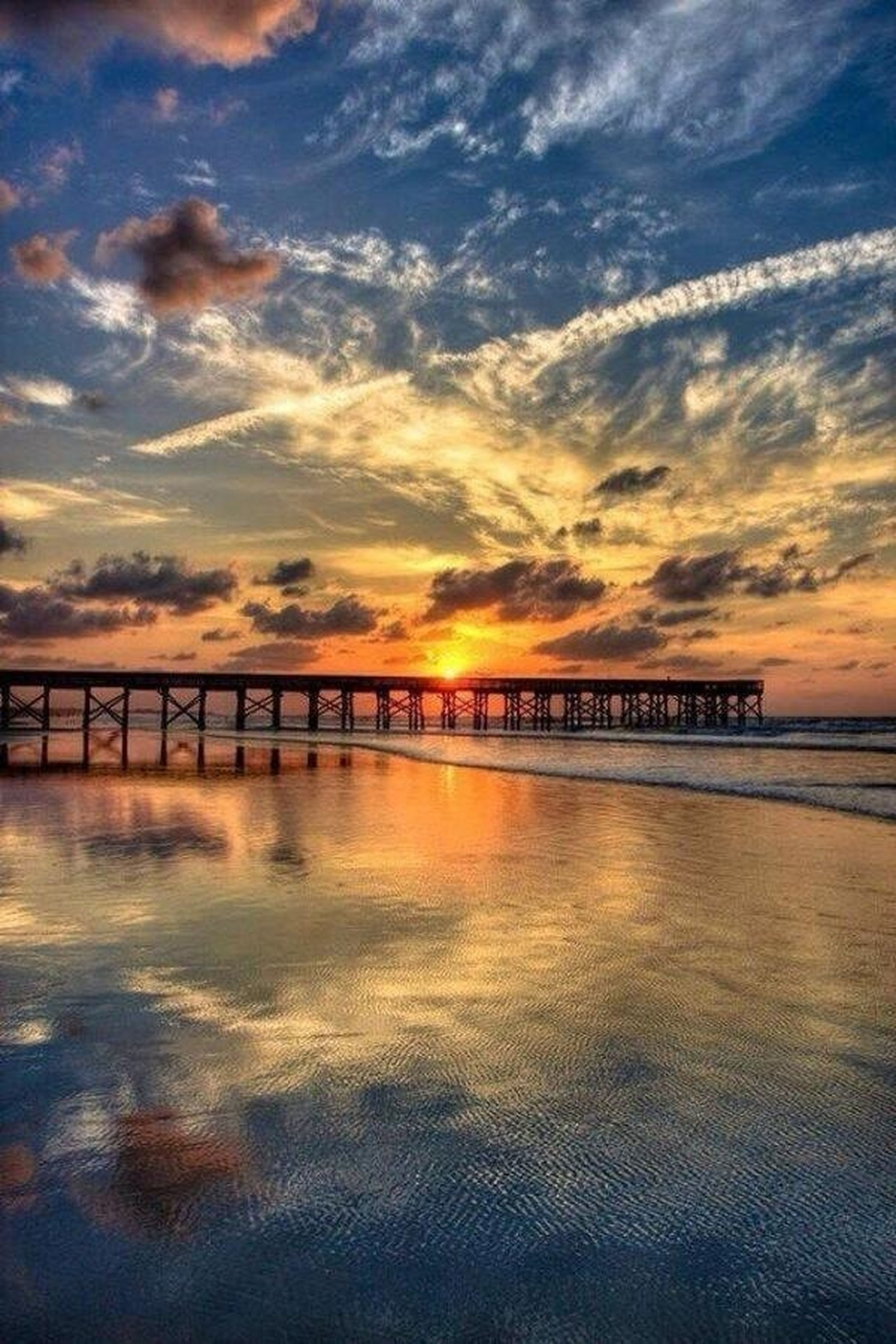sunset, water, sky, sea, tranquility, tranquil scene, scenics, cloud - sky, beauty in nature, pier, nature, orange color, idyllic, built structure, cloud, reflection, waterfront, horizon over water, cloudy, railing