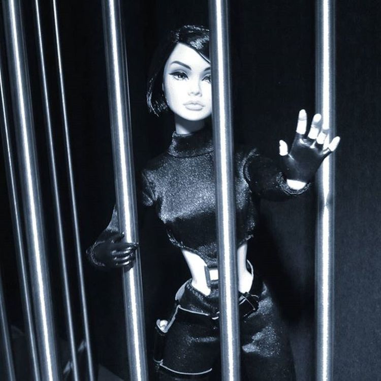 Caged heat... digging for Deepcuts in my albums and uncovering some forgotten gems. This one's yet another outtake from the PoppyParker spy story over at @dollapalooza I did a while back. ********** Doll Dolls Dollstagram DollPhotography Dollphotogallery Dollphoto Toy Toys Toyphotography Toyphotogallery Toycrewbuddies Toyplanet Toygroup_alliance Toys4life Toyrevolution Toyunion Ata_dreadnoughts Integritytoys Wclub Dollsploitation ShamelessSelfpromotion