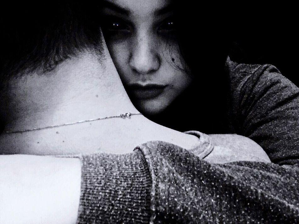 Girlfriends ♥ Young Women Evil Louis Martù Horror Spooky Human Face Shock Bizarre Fear Dark Disorder Psycho Villan Crazy Night Mystery Adult Human Eye