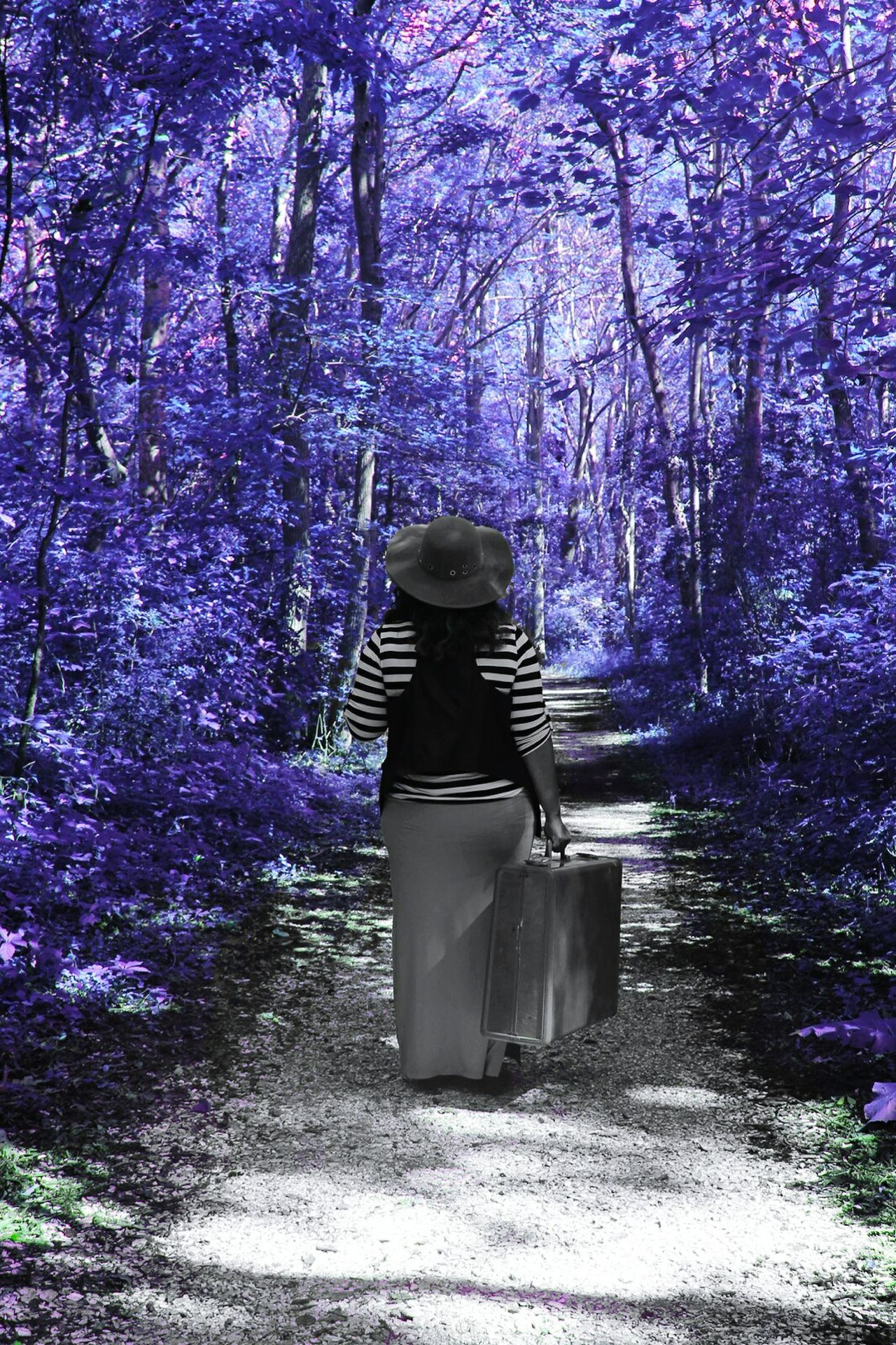 Tree One Person Full Length Purple Travel Photography Blueserenity Bluestraveler Woman Portrait No People Blue Bluesday The Week On EyeEm Fashion Stories