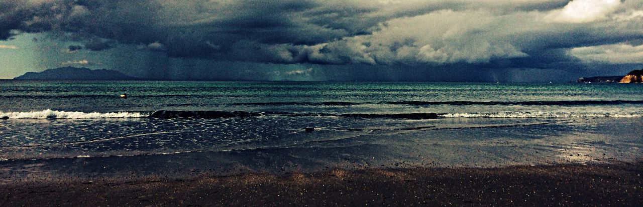 Rainy Days Panorama Rain Dark calmer la tempête avant The Great Outdoors - 2015 EyeEm Awards