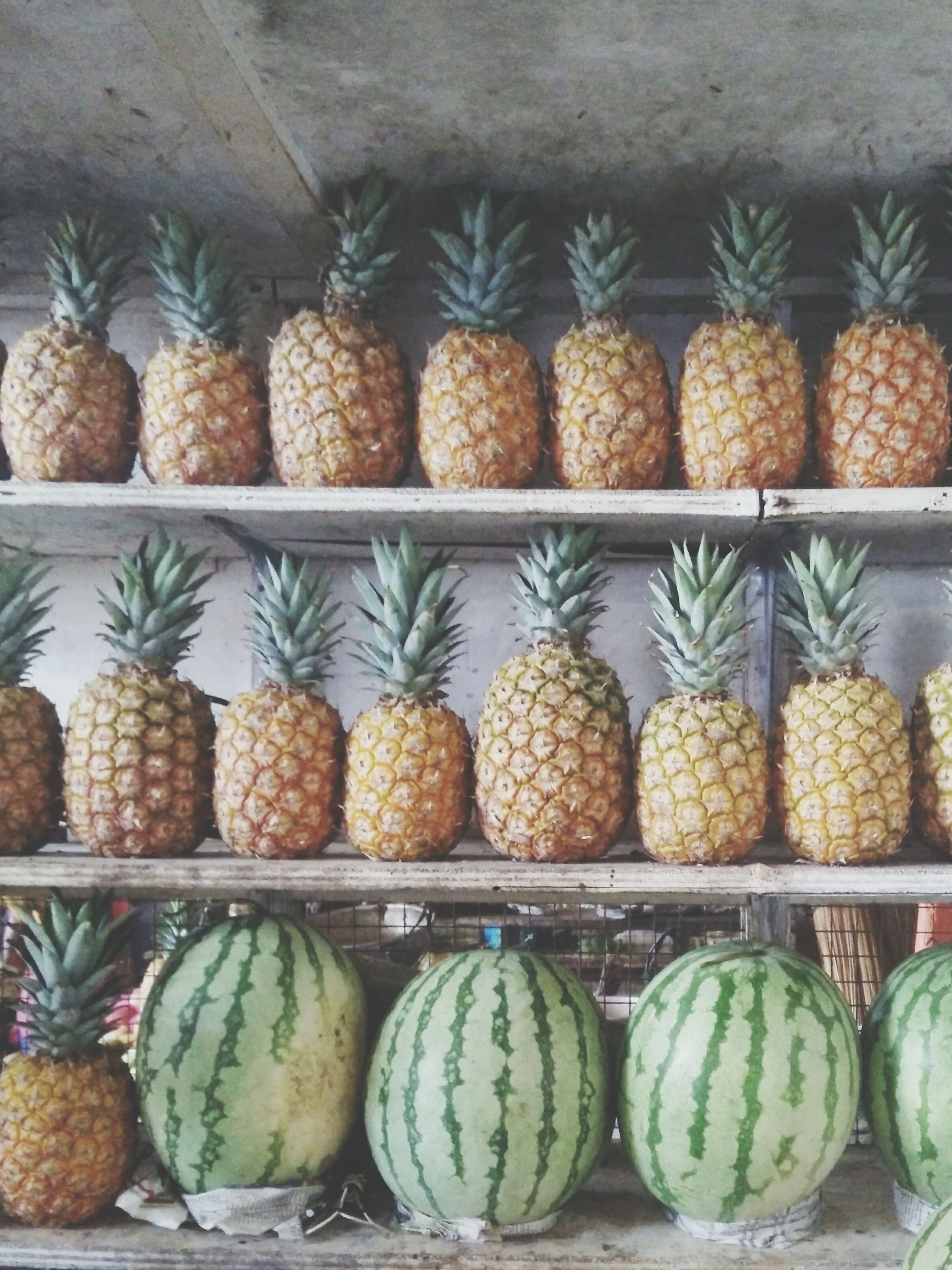 food and drink, food, for sale, abundance, large group of objects, healthy eating, retail, freshness, market, market stall, choice, variation, arrangement, fruit, display, in a row, order, still life, indoors, repetition