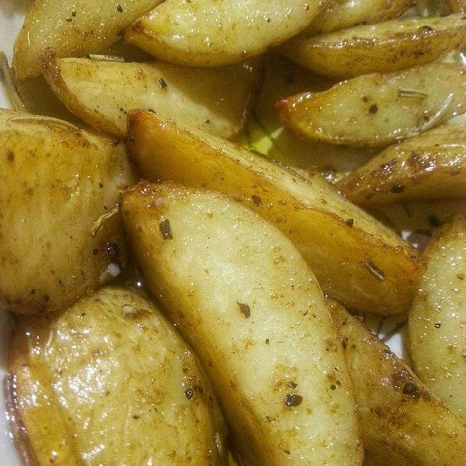 Cyprus Kıbrıs Kibris Lefkoşa Girne Nicosia Kyrenia Spondo Ispondo Babadez Potato Potatoes Herbs Herbal Oliveoil