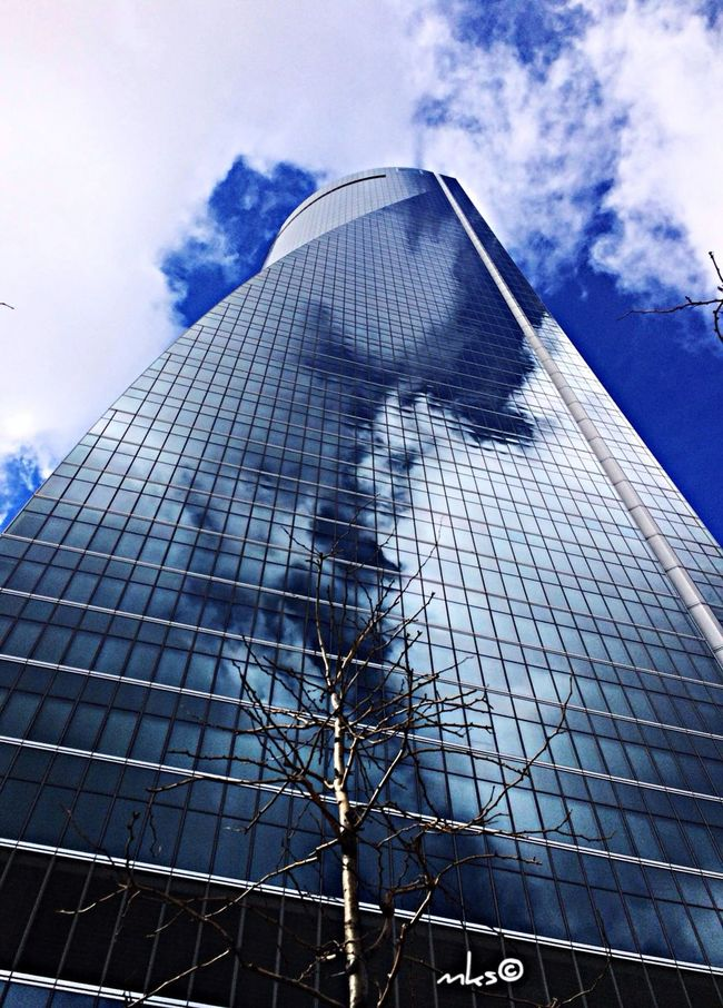 From earth to the heaven Architecture Reflection EyeEm Best Shots Street Photography