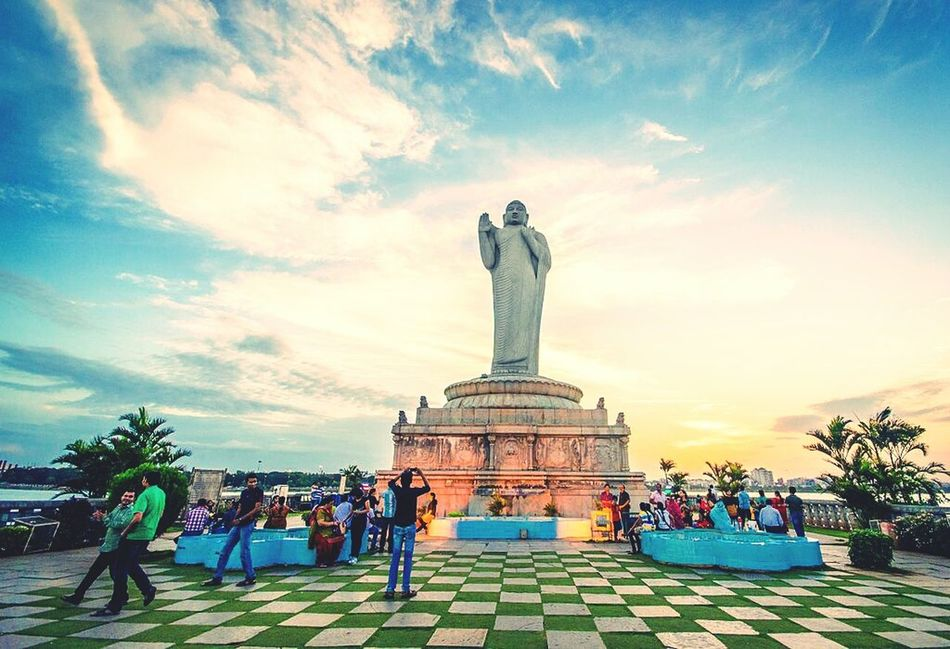 Cities At Night Hyderabad,India Statue Of Buddha Citycenter Boat Ride Middle Of The River Famous Place HussainSagar Love To Take Photos ❤ God's Beauty Great View Eyeem Facebook Thumbs Up The Eyeem Of Weekat Hyderabad
