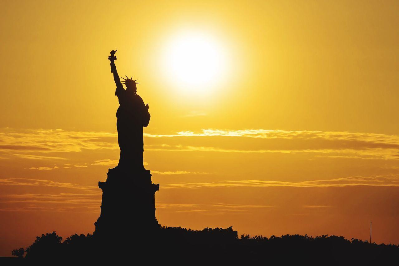 Beautiful stock photos of statue of liberty, American Culture, Art, Art And Craft, Cloud - Sky