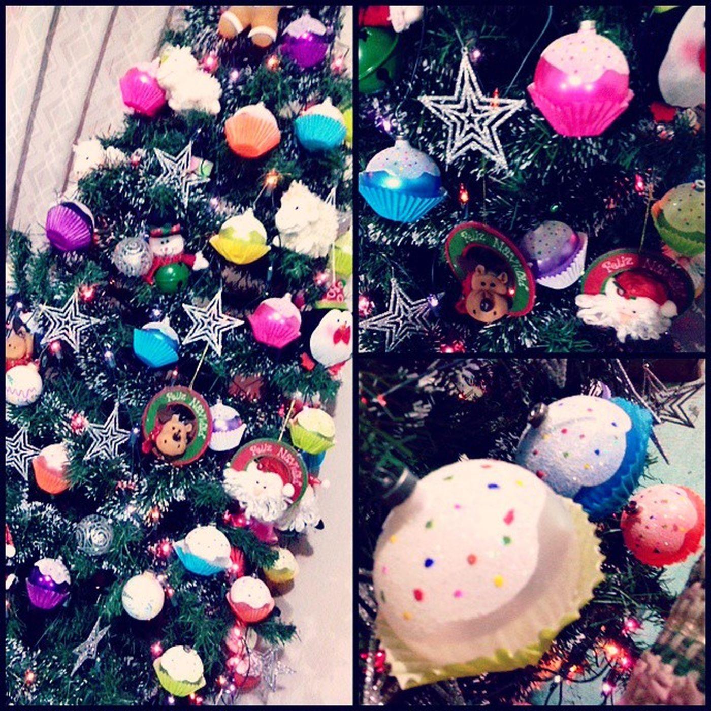 29 de Noviembre y ya está el Árbol Navideño puesto. ??? Espiritunavideño árboldenavidad Navidad Diciembre XOXO FollowMe ??