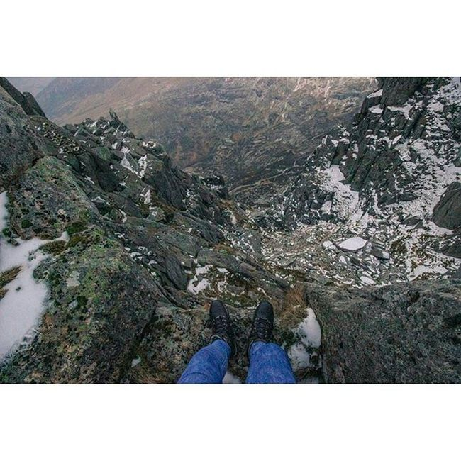 This photo shows no way near how high I actually am Tryfan Mountains Scrambling Climbing Highup Wales Adventures Justsatontheedgeofamountain Didntwanttoleave