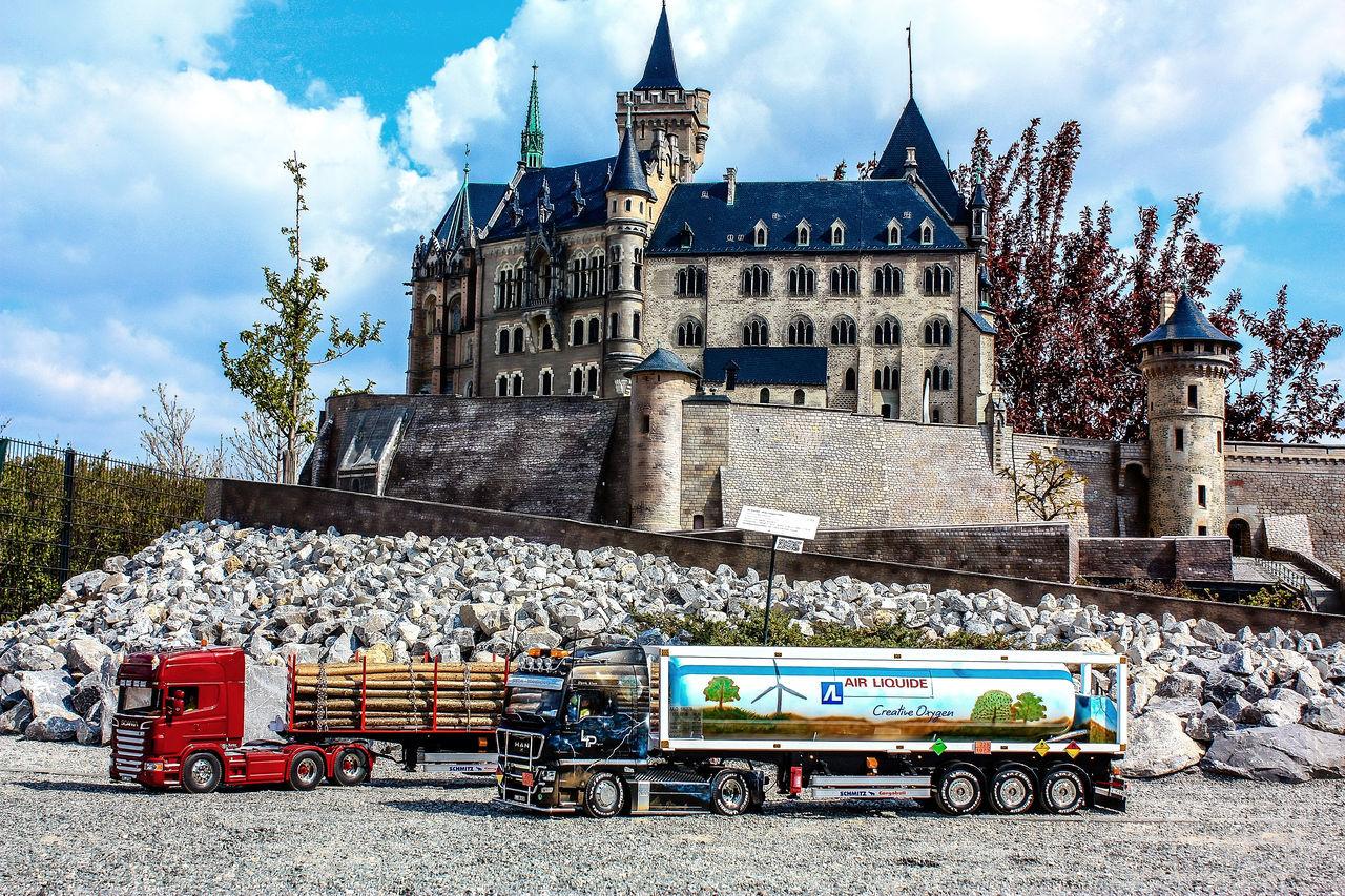 Zwei Tamiya Trucks im Bürgerpark Wernigerode ( Modellbau  Man SCANIA POWER )