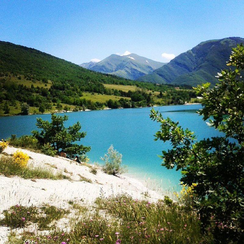 Paradisoall'improvviso paradiso Naurale Lago Fiastra Natural Treasures Life Istapic Instagood Instapictures Instadaily Instaphoto Love Friends