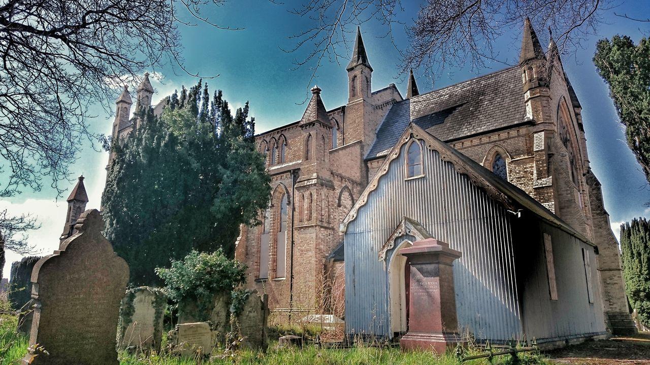 Churchporn Old But Awesome Brick Church Blue Sky Blue Churches Welsh Churches Church