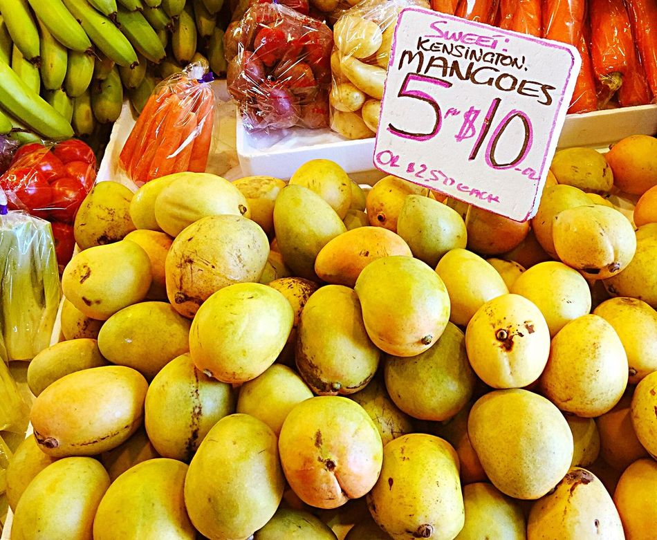 Kensington Mangoes at the Market Fremantle Markets Vegetarian Eating Green Fruit Stall Juicy Food Food Porn Mangoes Detail Yummy Market Fruit Market Fruit Bananas Carrots Healthy Food Food Market Healthyliving Delicious Organic Lifestyle Fresh Produce Grocery Produce Closeup
