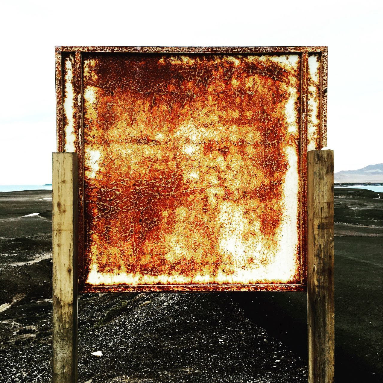 Endoftheworld Rust Rusty Rusty Things Square Geometric Shape Simplicity Simplicity Is Beauty.