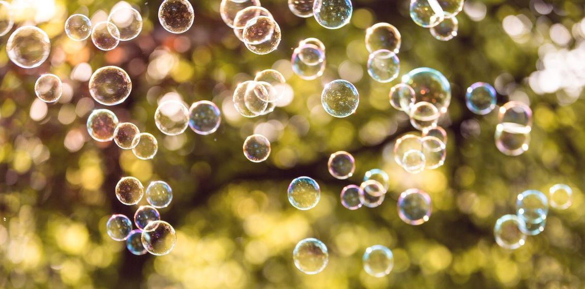 Bubbles 💛 Frühlingserwachen Homeandgarden Naturelovers Nature Photography Outdoors Garden Canon Bubbles Seifenblasen Happytime Life Happiness