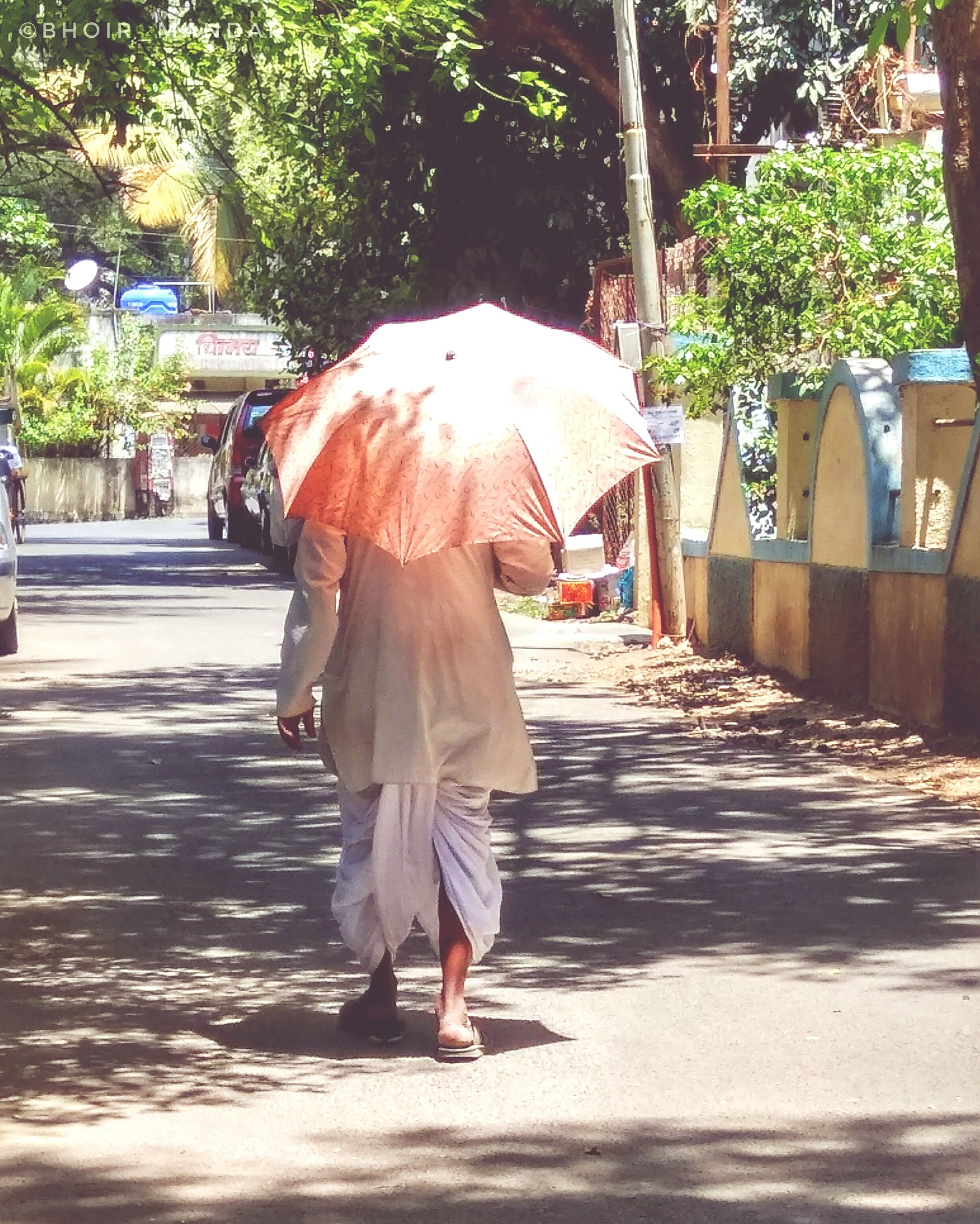 walking, real people, rear view, full length, one person, tree, lifestyles, outdoors, women, day, under, nature, adult, people