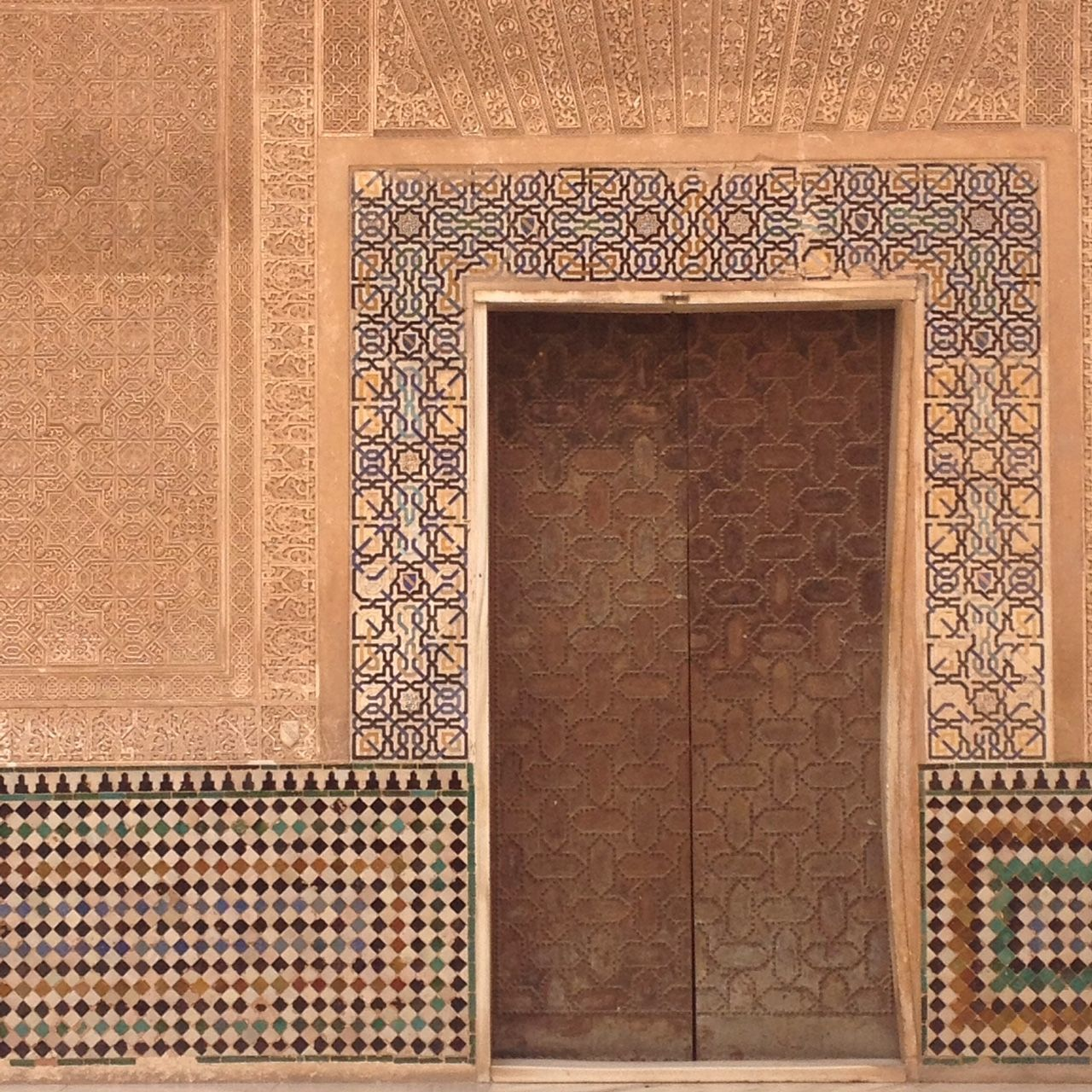 pattern, backgrounds, textured, full frame, architecture, no people, day, close-up, indoors