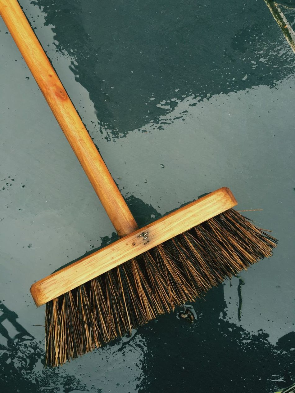 Broom on wet slate background Water Broom Wet Background Broomhead Broomstick Brown Angle Abstract Photography ShotoniPhone6s Cleaning Clean Grey No People Close-up Attphotos