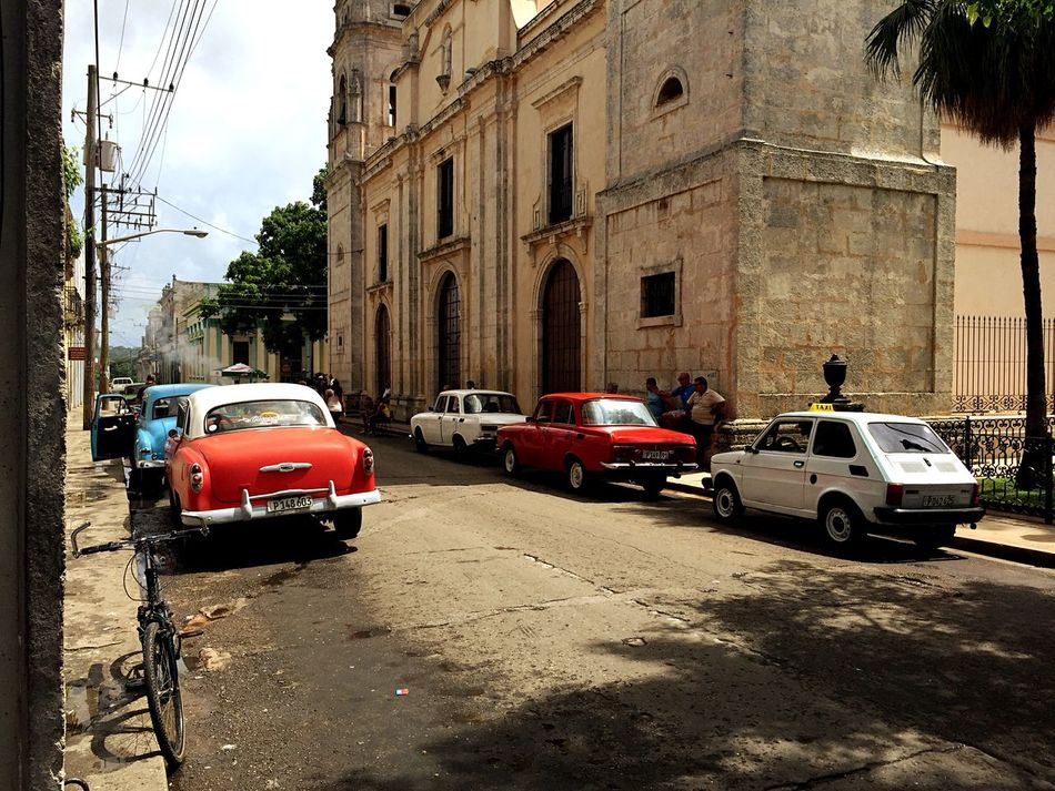 Battle Of The Cities Car Street Vehicle Cuba Cuba Collection Cuba Streets Cuba Car