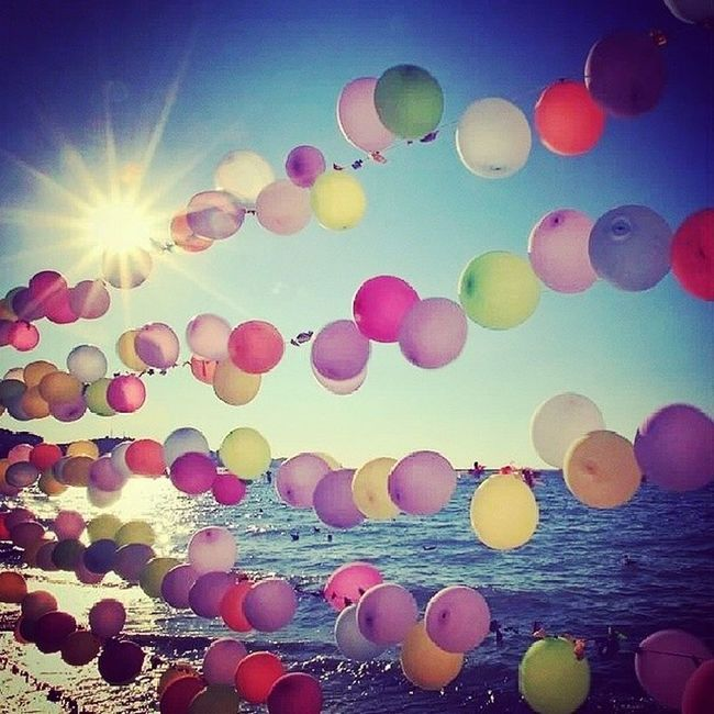 Hayatın Rengine Renk Katar güneş sahil renklibalonlar huzur mutluluk :)