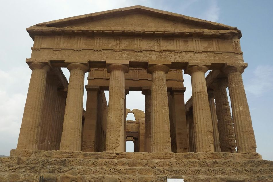 Agrigento Agrigente Temple History Architecture Architectural Column Old Ruin Ancient Civilization Travel Destinations Archaeology No People Italia Bella Italia Beauty Of Italy Italy Ancient Sicilia Sicily