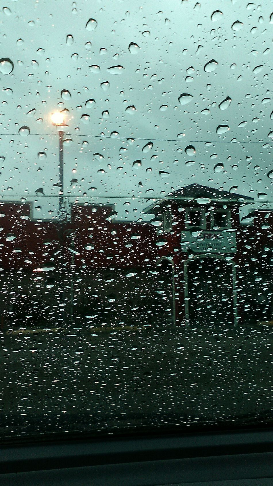 Outside Spring Showers Love The Rain Showcase : April Spring Showers Bring Spring Flowers Going Home Taking Photos Outside Photography Show Imperfections Photo Of The Day Raindrops Raindrops On Window Raindrops On My Window Cloudy Sky What I Saw... Going Home(: Heading Home! Finally Leaving Hell Love Outside Missed Back To Home Feeling Thankful Feeling Happy Have A Nice Day! Love EyeEm