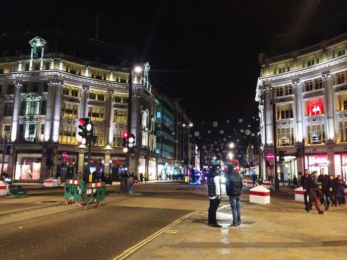 Taking Photos Streetphotography London Oxfordstreet