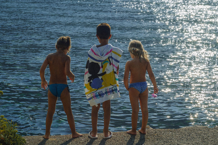 Kids Nikon Summertime Swimming VSCO Youth Of Today Bonding Childhood Day Friendship Leisure Activity Lifestyles Nature Sea Seaside Seaside_collection Standing Summer Togetherness Travel Destinations Vacations Vscocam Water Weekend Activities