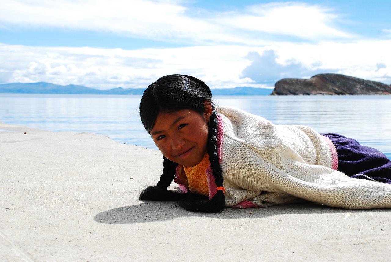 Preparando la Mochila Agua Belleza Natural Bolivia Caminos Cielo Azul Ciudad Incas Isla Del Sol La Paz, Bolivia Machu Picchu Mochileros Montañas❤ Nature Outdoor Photography Outdoors Paisajes Naturales Peru Placer Rio Rutas Sol Sucre Titicaca Verde Viajes
