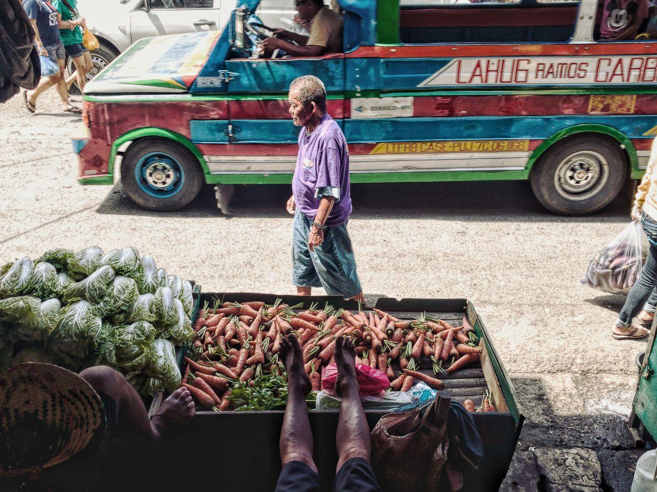 EyeEmPHLaborDay2017 Carbon Market, Cebu Livelihood Oo DualLens HuaweiP9 Working Labor Day Streetphotography Street Art Street Photography Streetlife Market EyeemPhilippines Street Life