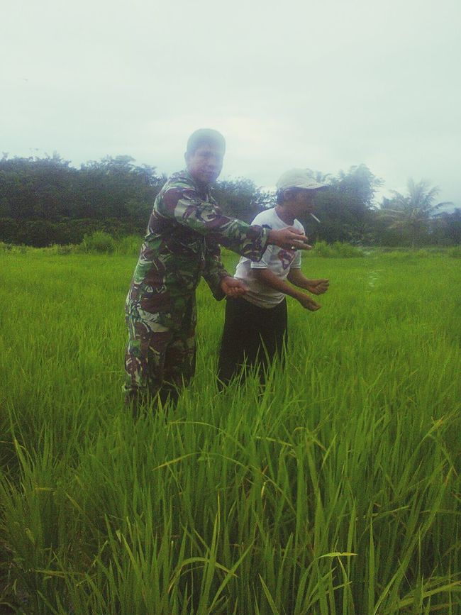 Helping farmer My Husband Helping People , Army , Soldier